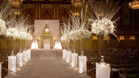 Small Indoor Home Wedding Ideas Downtown Chicago Hotel Palmer House Il From Lavish