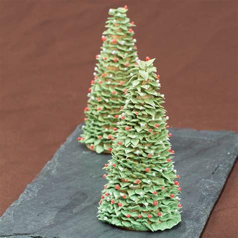 sugar christmas tree 5thavenuecakedesigns