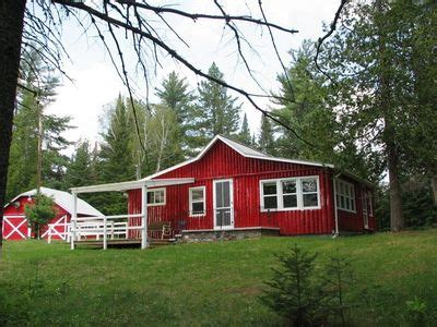 Secluded Cabin Rentals In Michigan by Secluded Northwoods Log Cabin On 10 Vrbo