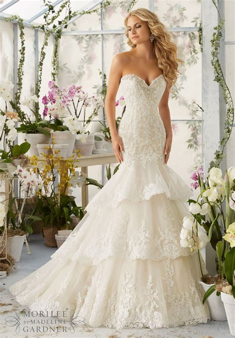 Wedding Ceremony Dresses by Designer Wedding Dress Trends For A Stylish Wedding Ceremony