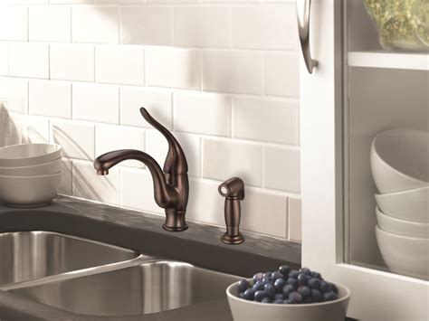 Delta Lewiston Kitchen Faucet by Complete Your Kitchen With The Delta Kitchen Faucets