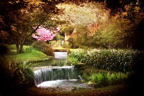 giardini della ninfa doganella di ninfa la storia e il mito di ninfa