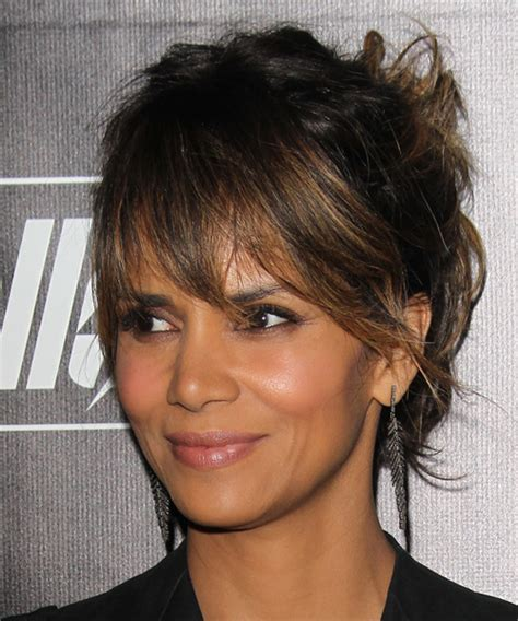 what face shapes do halle berry has what face shape is halle berry halle berry long straight