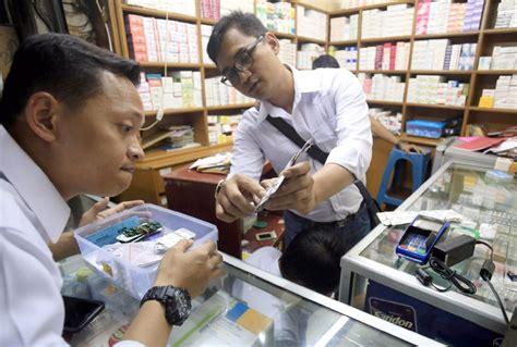 Scopamin Plus Dijual Eceran Kaplet pedagang obat gaib di pasar pramuka