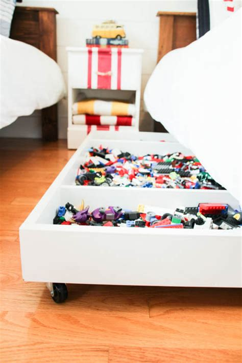 under bed organization diy under bed storage the budget decorator