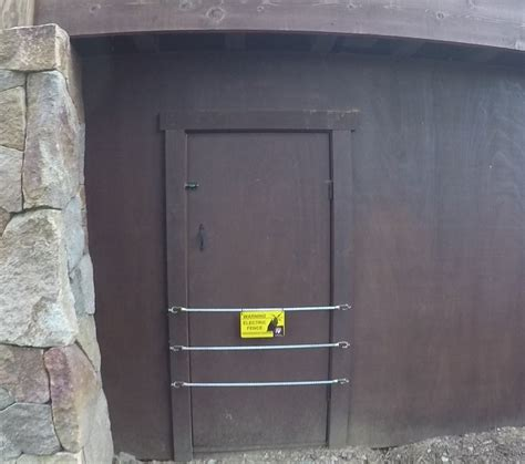 Exterior Basement Access Doors Crawl Space Doors Crawl Space Door Repairs Solutions Crawlspace D Crawlspace Door Crawl Space