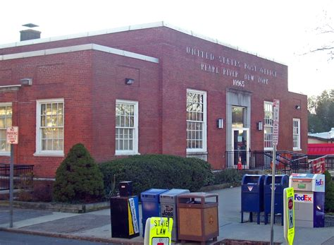 Rockland Post Office by File Pearl River Ny Post Office Jpg Wikimedia Commons