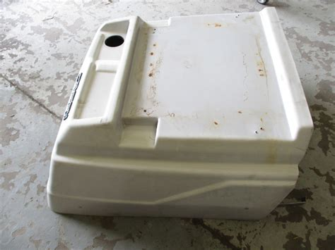 bayliner boat engine cover boat engine volvo penta 5 0gl boat free engine image for