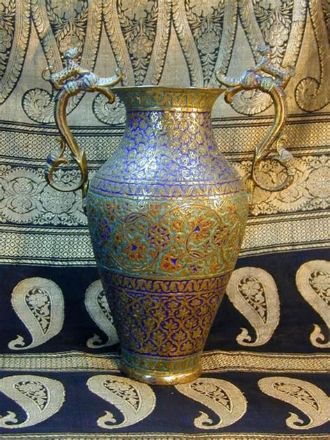 Tribal Pandan Setelan Muslim 19th century kashmiri handle vase windhorseantiques