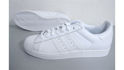 Harga Adidas Superstar White adidas superstar white white original made in indo size 42