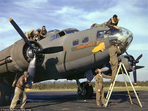 wwii in color wwii in color photos from 1942 show flying fortress
