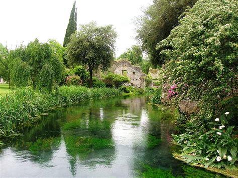 giardini di ninfa sermoneta one one tip one trip paillettes and pull black
