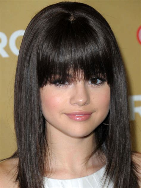 side bang for small forehead the best and worst bangs for round face shapes