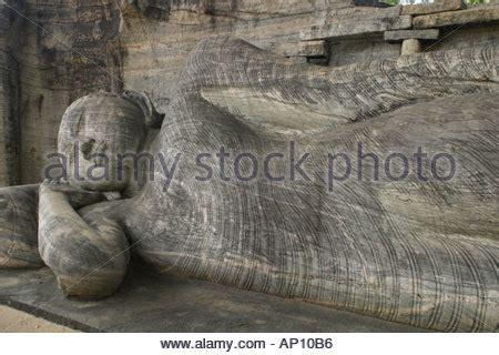 reclining buddha sri lanka reclining buddha gal vihara parakramabahu sri lanka