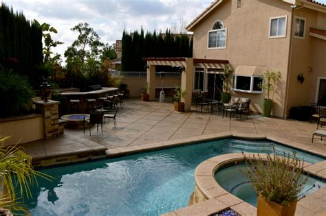 Remodel Backyard by Complete Backyard Remodel With Modern Style Swimming Pool