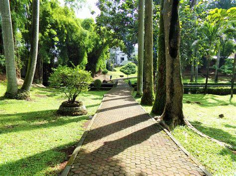 Lu Taman sepotong alam di metropolutan tapak semesta