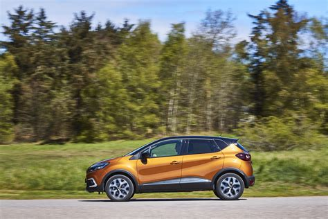 captur renault 2017 2017 renault captur facelift gets extensive photo gallery
