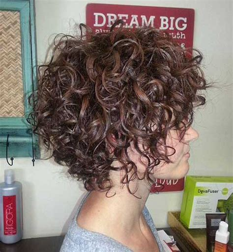 cut curly hair on island best hairstyles for short curly hair short hairstyles