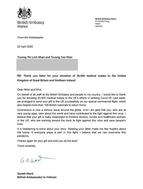 Đại sứ Anh cảm ơn 2 trẻ em Việt Nam tặng 20.000 khẩu trang