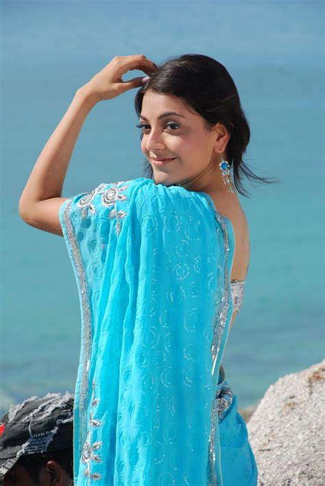 actress kajal in bad dress in saree breast kajal agarwal spicy in blue saree pics beautiful indian