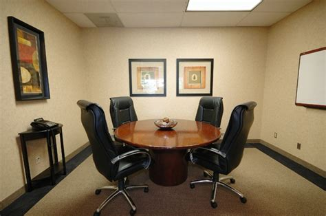 small conference room cpf office images pinterest best 25 conference room ideas on pinterest conference