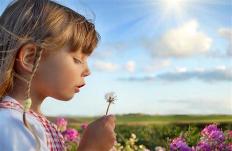 fiori di bach bambini sonno fiori di bach e bambini cure naturali it