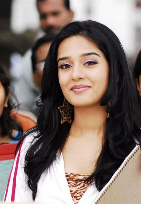 biography of indian film stars indian film star amrita rao biography pictures gallery