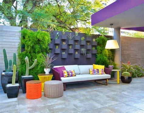 backyard wall decorating ideas garden fence panels functional ideas modern garden fencing