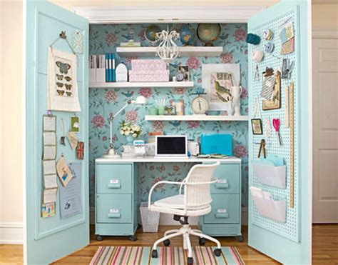 Diy Desks For Small Spaces Diy Converting Small Spaces Into Big Characters