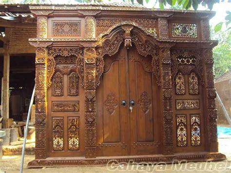 Gebyok Pintu Gebyok Ukir Jawa Pintu Rumah Kusen jual pintu gebyok ukir kayu jati jepara pintu gebvok kayu