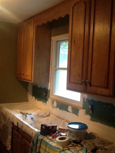 Valance over kitchen sink?