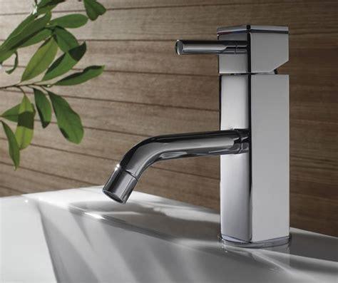 rubinetteria per bagni rubinetteria bagno completa un foro un miscelatore due