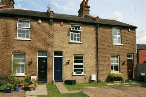 2 bedroom house for sale in kent 2 bedroom terraced house for sale in farwig lane bromley