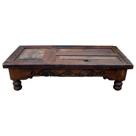 puerta 2 coffee table colonial living room