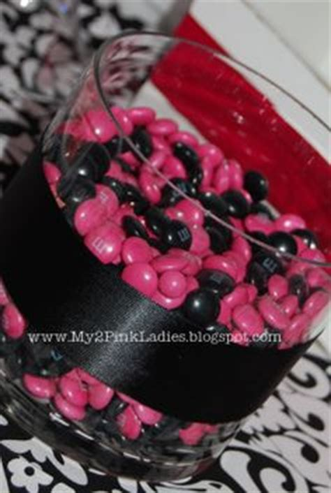 Pink And Black Baby Shower Themes by 1000 Ideas About Damask Baby Showers On Baby