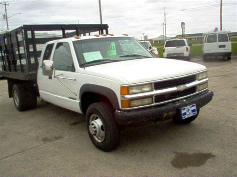 how cars run 1998 chevrolet g series 3500 user handbook 1998 chevrolet c k 3500 series information and photos momentcar