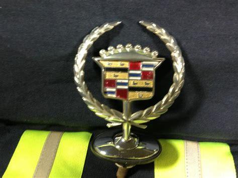 2003 cadillac ornament find 2000 2001 2002 2003 2004 2005 cadillac dts