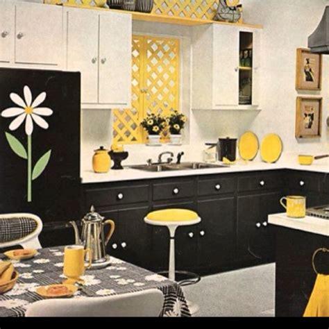 Yellow Kitchen Theme Ideas Yellow Kitchen Theme Ideas 28 Images Yellow Kitchen Accents Yellow Kitchen Utensils Blue