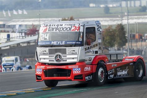 truck racing uk truck racing schedule 2018 big semi truck racing
