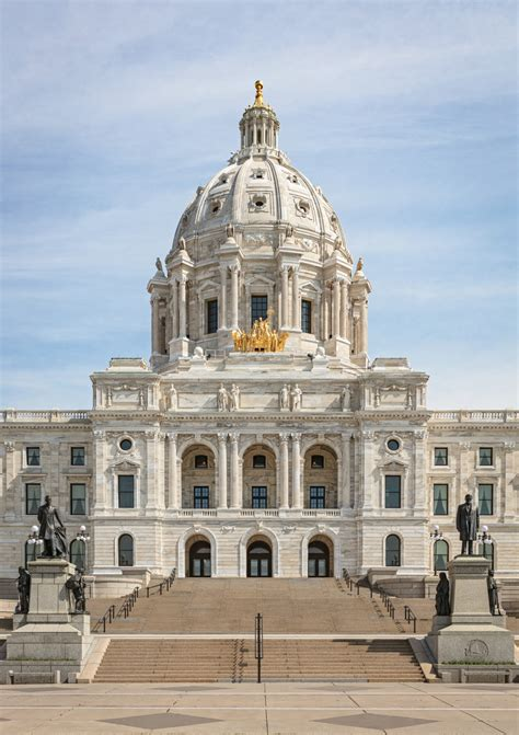 minnesota capitol   facelift traditional building
