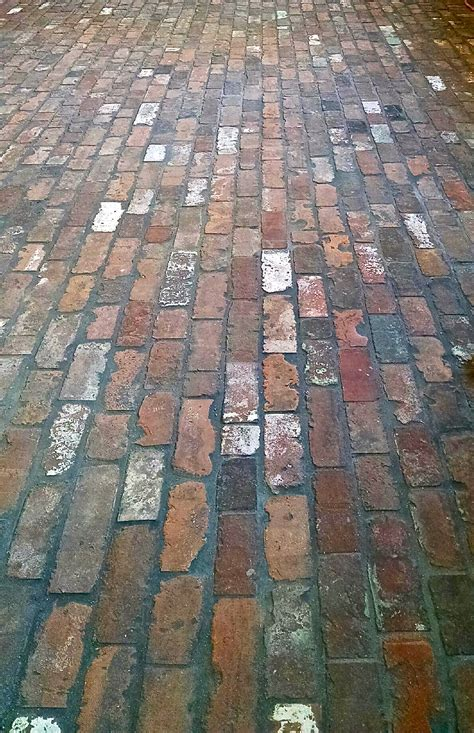 Brick Tile Floor by Reclaimed Thin Brick Veneer Brick Floor Tile Thin Brick