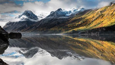 wallpaper mountains lake water reflection clouds fog