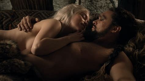 Alexandre Christie No Series Ac6386bfbr image lord snow drogo dany 1x03 png of thrones
