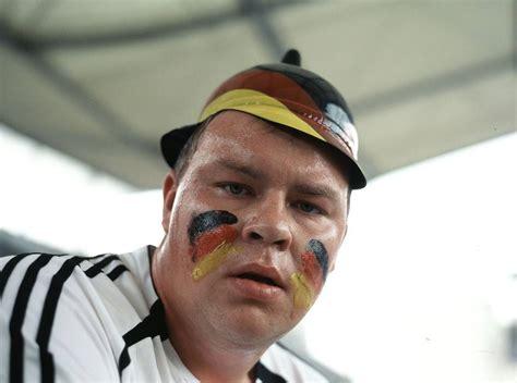 Lu Sein Acipi Besar supporter jerman silenceraloner s weblog