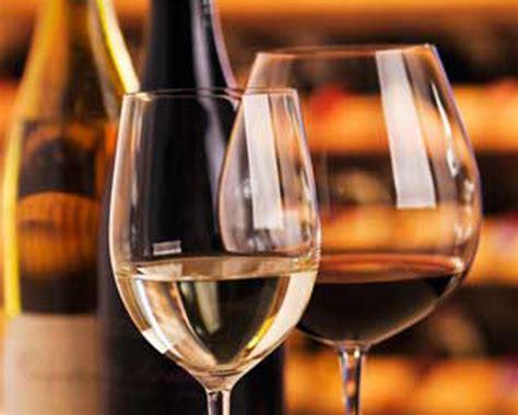 bicchieri da bianco e rosso temperatura di servizio scopri come si calcola