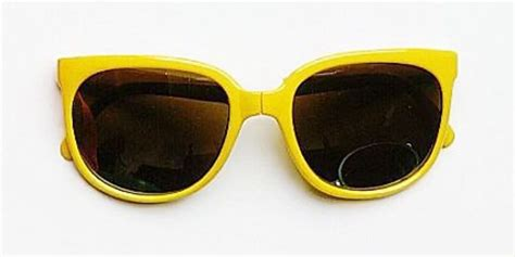 yellow sunglasses crickey get a pair of corey worthington delaney s quot famous