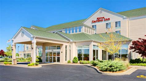 just beds springfield il hilton garden inn springfield il hotel wedding venue