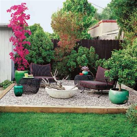 Pea Gravel Backyard by Gravel Patios Here S A Speckled Pea Gravel Patio