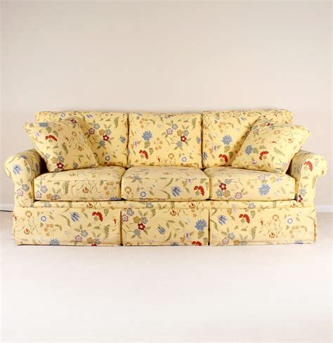 floral couches la z boy quot kincaid quot yellow floral sofa ebth