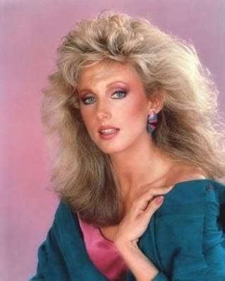 hairstyles of the 80s twenty pictures of 80s style big hair cool aggregator